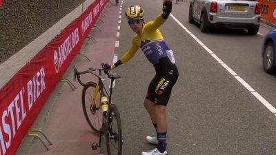 Amstel Gold Race messieurs : Wout Van Aert attaque alors que Primoz Roglic est victime d'un incident mécanique