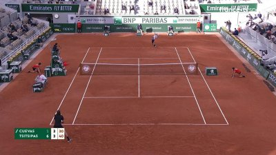 P. Cuevas (URU) vs S. Tsitsipas (GRE)- 2e tour - Court Philippe Chatrier