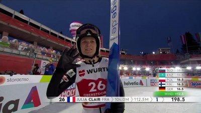 Oberstdorf 2021 - Saut à ski concours individuel HS137 féminin : Julia Clair prend la tête et retrouve le sourire !
