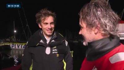 Le très bel échange entre Charlie Dalin et Yannick Bestaven