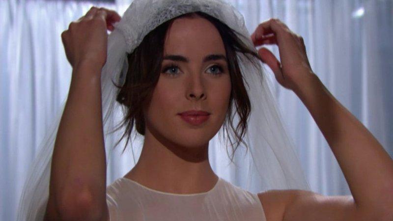 Amour Gloire Et Beauté épisode Du Mercredi 25 Avril 2018