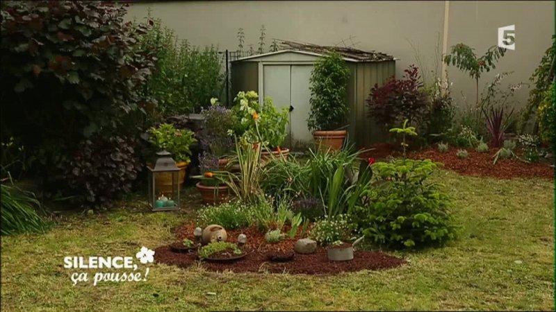 Cr er un jardin fleuri facile d 39 entretien pas de panique for Jardin facile entretien