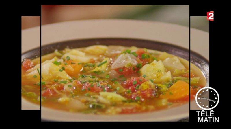 Replay t l matin t l matin gourmand soupe au chou du france 2 - France 2 telematin recette cuisine ...